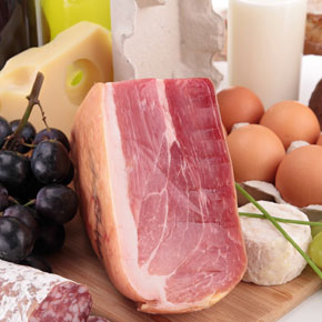 FOOD & BEVERAGE SPECIALISTS